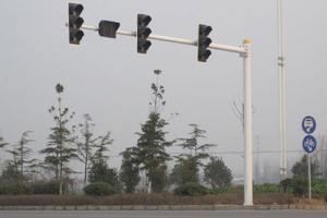 三车道信号灯杆